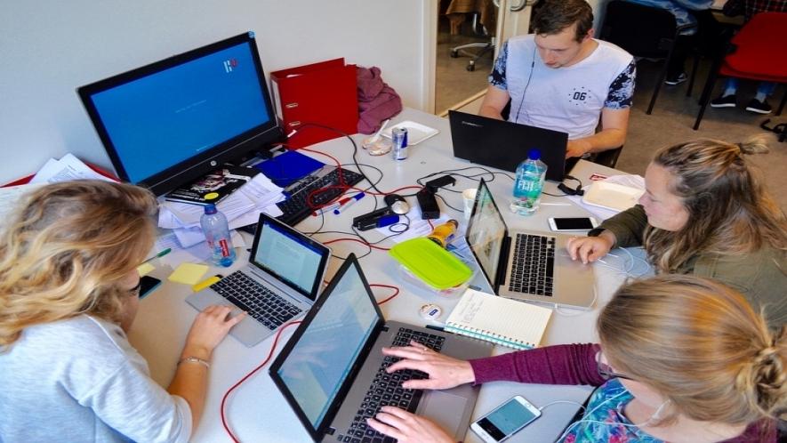 web facilitating